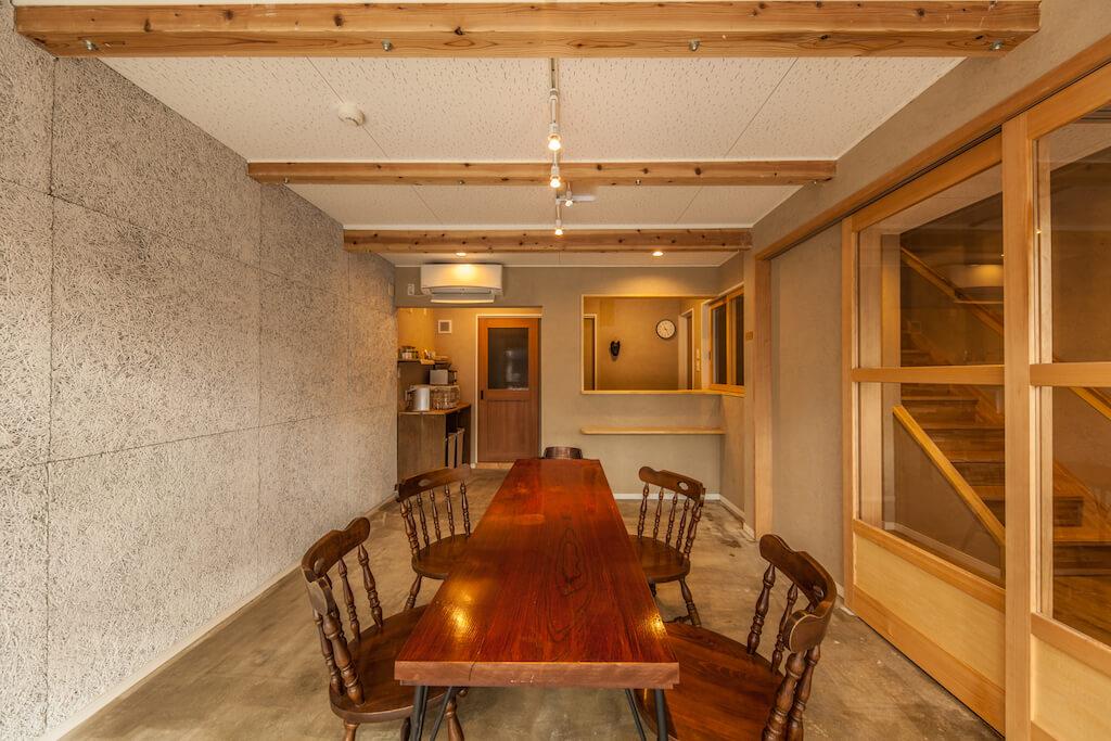 cup of tea guesthouse リビング 飛騨の家具 飛騨産業 飛騨高山 高山市