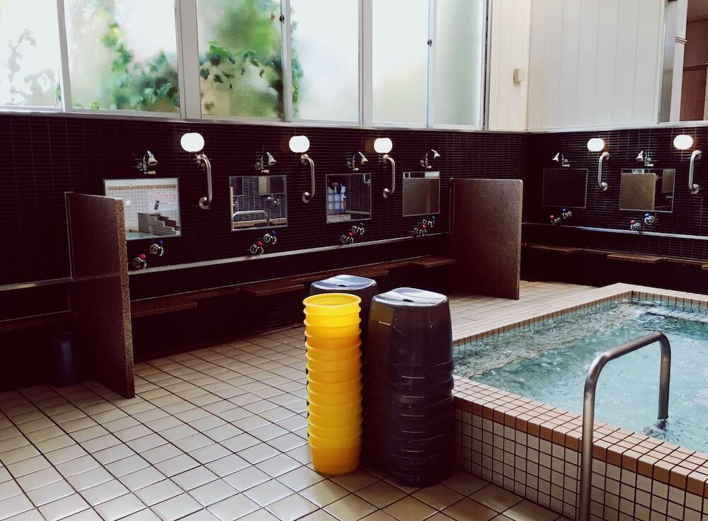 ゆうとぴあ稲荷湯 飛騨高山 主浴 洗い場